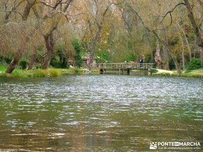 Parque Natural Monasterio de Piedra; viajes de ensueño; senderismo vip;